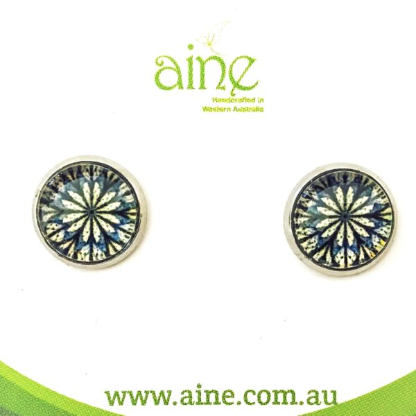 shop category nickel swallow cabochon glass jewellery stud earrings free default aine tail