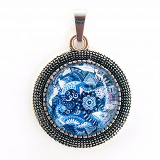 Pendant Glass Cabochon 20mm glass diametre Sky Blue Batik Pattern